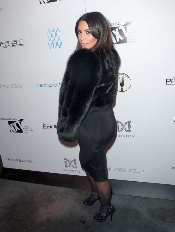 kim-kardashian-generation-nxt-charity-benefit-in-new-york-february-2014_3